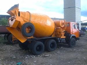 Миксер (автобетономешалка) на базе КАМАЗ